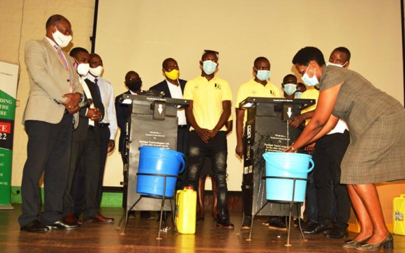 Makerere donates the Touchless Handwashing Kits to Mulago National Referral Hospital.